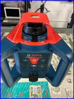 Bosch GRL800-20HV LR30 Self Leveling Rotary Laser Level Kit