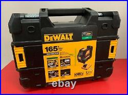 DEWALT 12V MAX Green Cross-Line Laser Level with Battery, Charger and Case