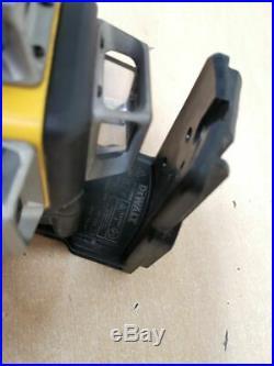 DEWALT DCE089G 10.8V Self Levelling Multi Green Line Laser AH 72950