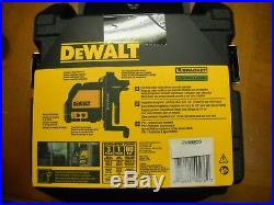DEWALT DW088CG Green Beam Cross Line Laser NEW