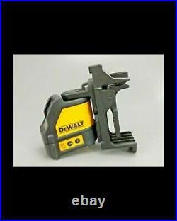 DEWALT DW088CG Self-leveling Cross-Line GREEN Laser Level OPEN BOX NEW
