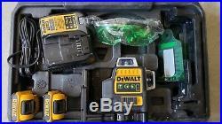 DEWALT DW089LG 12V GREEN LINE LASER With2 BATTERIES, CHARGER, CASE FREE SHIPPING