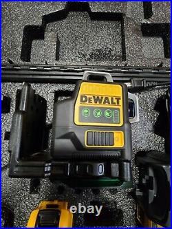 DEWALT DW089LG Green Line Laser with tripod