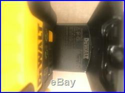 DeWalt 12V MAX Lithium-Ion 100 ft Green Self-Leveling 5-Spot & Cross Line Laser