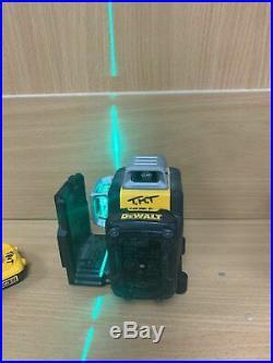 DeWalt DCE089D1G Li-Ion Self Level Multi Line Laser Green 2x batteries. No Chargr