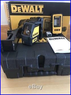 DeWalt DW088KD Self-Levelling Cross Line Laser DW088K + DE0892 Detector