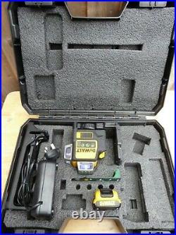 Dewalt DCE089G 12V Self-Levelling 360° Cross Line Laser