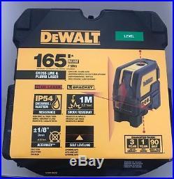 Dewalt DW0822 Leveling Cross Line and Plumb Spots Laser Level Replaces DW088 NEW