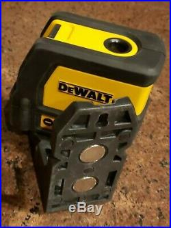 Dewalt DW0822 Red Self-Leveling Cross-Line and Plumb Spot Laser Level with Case