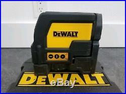 Dewalt DW0822 Self Leveling Cross Line & Plumb Spots Laser Level