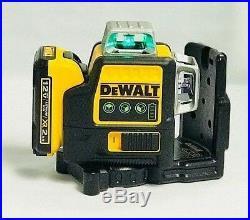 Dewalt DW089LG 12-Volt 3 x 360-Degree Lit-Ion Green Beam Line Laser NEW