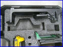 Dewalt dw088lg 12v self leveling cross line laser level kit