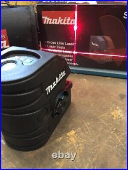 Makita SK104 self level laser, cross laser level, red line