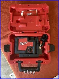 Milwaukee 3510-21 USB Rechargeable Green 3-Point Laser Black/Red